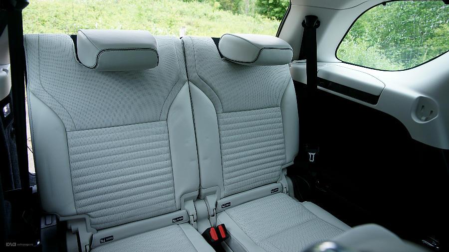 Новый Land Rover Discovery. Третий ряд сидений