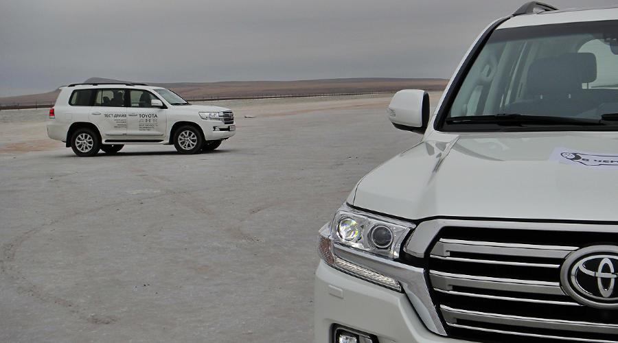 Toyota Land Cruiser ©Фото Евгения Мельченко, Юга.ру