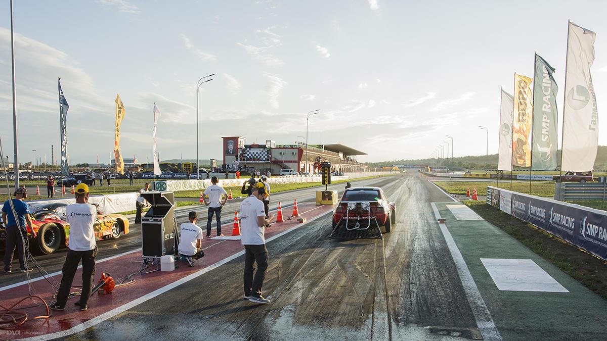 Второй этап чемпионата России по дрэг-рейсингу в Грозном