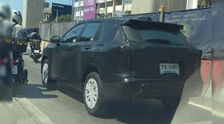 Toyota Corolla Cross на испытаниях ©Фото community.headlightmag.com
