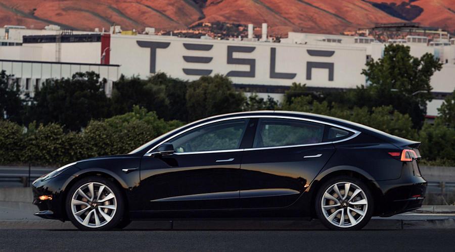 Новый электрокар Tesla Model 3