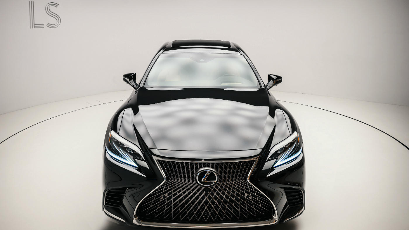 Новый Lexus LS в России