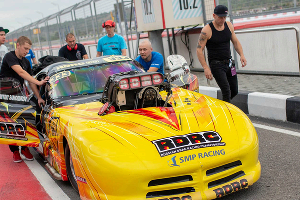 Dodge Viper Саморукова. Третий этап Чемпионата России по дрэг-рейсингу ©Фото RDRC