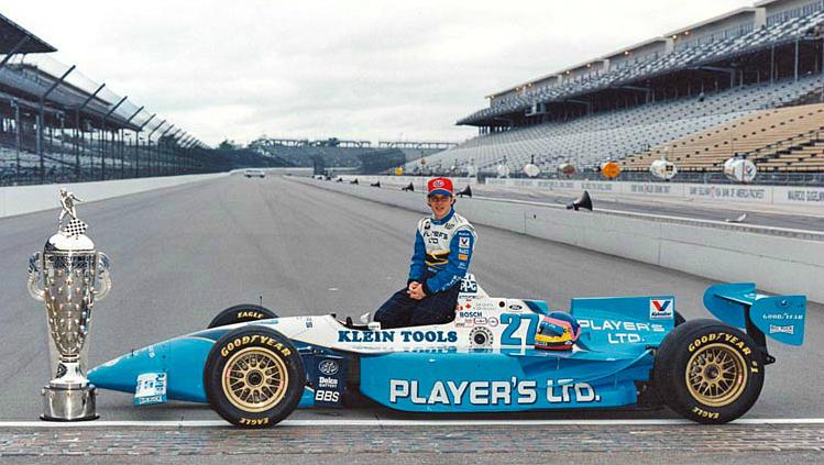 Жак - чемпион серии IndyCar