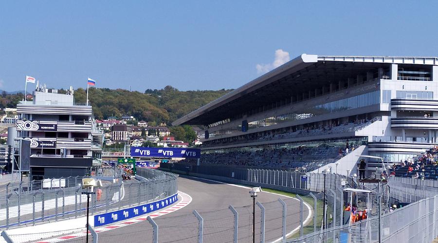 Гран-при «Формулы-1» в Сочи ©Фото Евгения Мельченко, Юга.ру