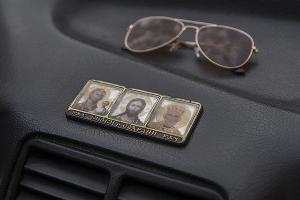 Иконки — классика автомобильных суеверий ©Фото Евгения Мельченко, Юга.ру