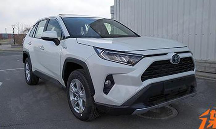 Обновленный тип Тойота RAV4 появится в Российской Федерации доконца года