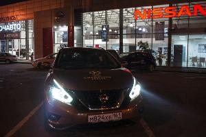 Ночной Nissan Murano в ассортименте ©Фото Евгения Мельченко, Юга.ру