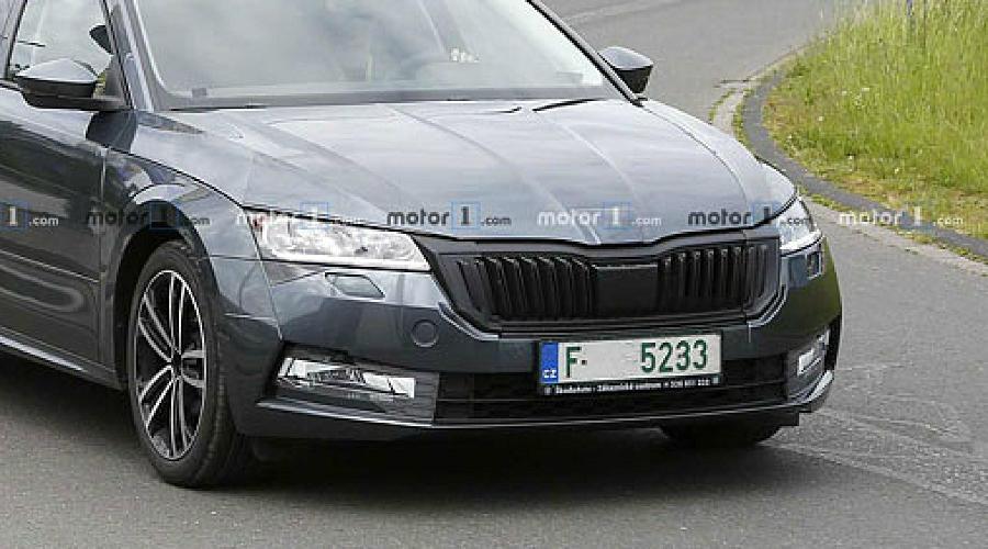 Новое поколение Skoda Octavia ©Фото Motor1.com