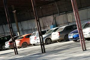 Как не купить битый автомобиль ©Фото Евгения Мельченко, Юга.ру