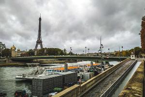 Что касается Парижа, то стоит. Цветет и пахнет ©Фото Евгения Мельченко, Юга.ру