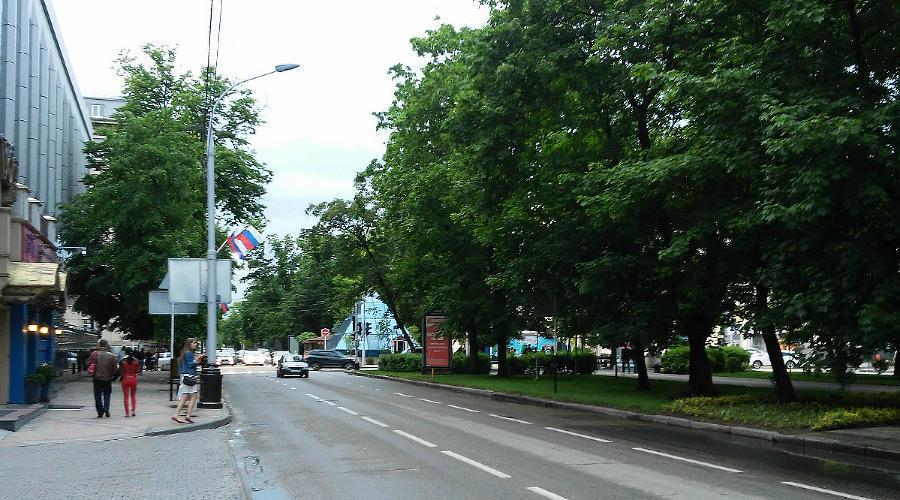 Улицы города Краснодара ©Фото Евгения Мельченко, Юга.ру