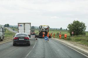 Ремонт дорог, пробки. А сезон только начинается... ©Фото Евгения Мельченко, Юга.ру