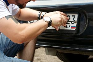 Номерные регистрационные знаки ©Фото Евгения Мельченко, Юга.ру