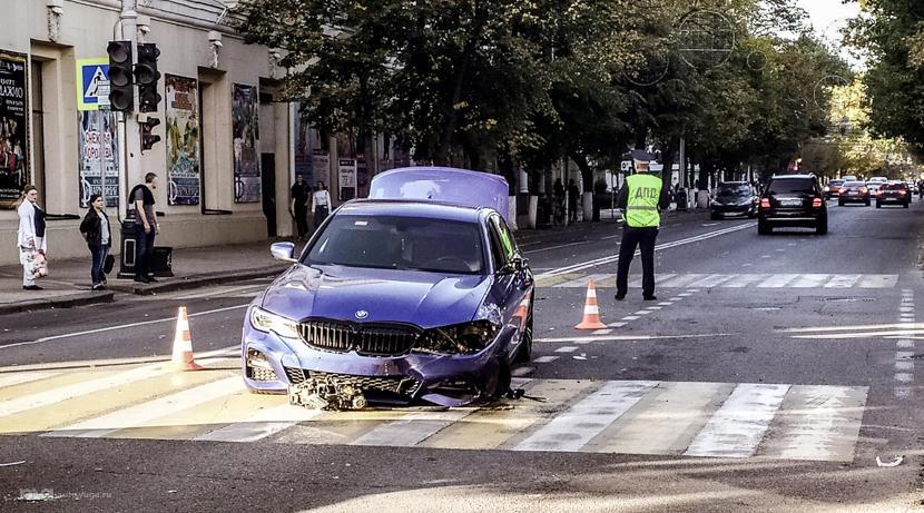 Молодые водители часто попадают в ДТП: за год гибнет около 700 молодых водителей