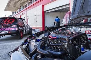 Самые быстрые машины России в столице Чечни ©Фото Евгения Мельченко, Юга.ру