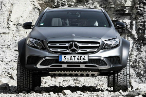 Mercedes-Benz E-Class All-Terrain 4x4 © Фото Autoexpress