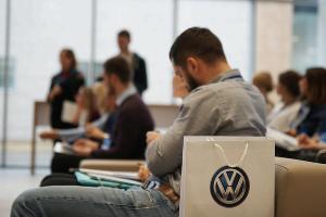 """Открытие нового ДЦ """"Volkswagen КЛЮЧАВТО Аэропорт"""" ©Фото Евгения Мельченко, Юга.ру"""