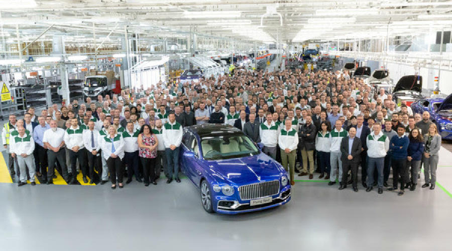 Новый Bentley Flying Spur на заводе ©Фото пресс-службы Bentley